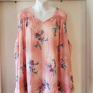 Ladies plus size sleeveless dress shirt